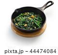ほうれん草の松の実とレーズン炒め 44474084