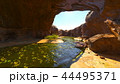 渓谷と小川 44495371