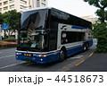 JR東海バスの2階建て夜行バス、三菱エアロキングが霞が関に停車 44518673