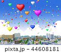 住宅街 ハートの風船 イベント 青空  44608181