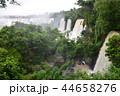 アルゼンチン 世界遺産 滝の写真 44658276