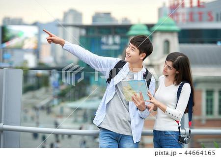 韓国人 韓国の人 カップル 44664165