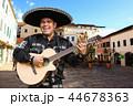 マリアッチ ミュージシャン ギターの写真 44678363