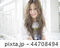 ヘアスタイル 女性 女の子の写真 44708494