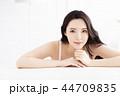 若い 若 女性の写真 44709835