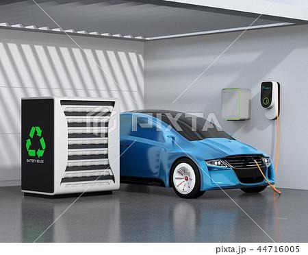 EV使用済みのバッテリー再利用リユースシステムで電気自動車や家に電力供給するコンセプト 44716005