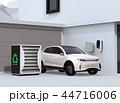 EV使用済みのバッテリー再利用リユースシステムで電気自動車や家に電力供給するコンセプト 44716006