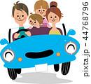 家族 ドライブ 車のイラスト 44768796