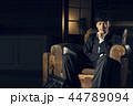 男性 夜 ビジネスマンの写真 44789094
