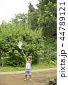 夏休みの男の子 44789121