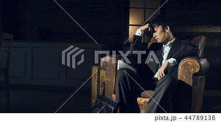 男性 ハードワークイメージ 44789136