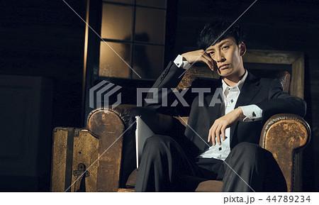 男性 ハードワークイメージ 44789234