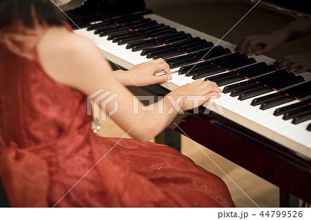 ピアノの発表会 44799526