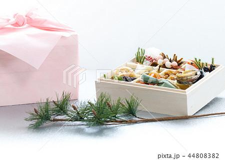 行事 正月 おひとり様用おせち料理  44808382