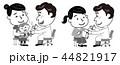 予防接種 母 乳幼児 未婚女性 モノクロ イラスト  44821917