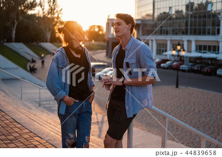 lesben dating