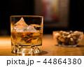 ウイスキー ウヰスキー ロックの写真 44864380