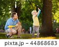 ファミリー 家族 子供の写真 44868683