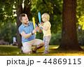 ファミリー 家族 子供の写真 44869115