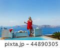 女性 ぶどう酒 ビーチの写真 44890305