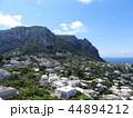 カプリ島 風景 町並みの写真 44894212