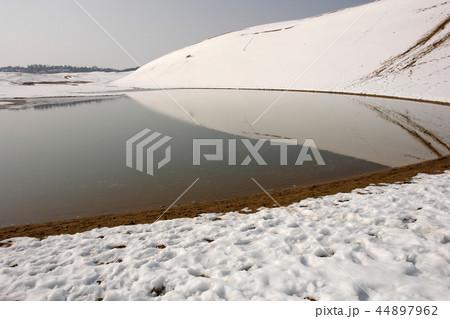 鳥取 四季の散歩 冬 鳥取砂丘 44897962