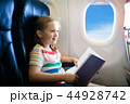 飛行機 子 子供の写真 44928742