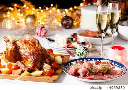 クリスマスディナー 44969880