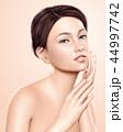 女性 メス モデルのイラスト 44997742