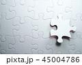 ジグソーパズルを完成させる最後の1ピース。 45004786