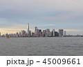 夕暮れのニューヨーク マンハッタン 45009661