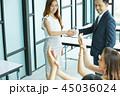 男女 ビジネス ビジネスマンの写真 45036024