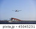 飛行機 着陸 旅客機の写真 45045231