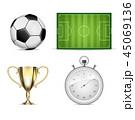 サッカー フットボール 蹴球のイラスト 45069136