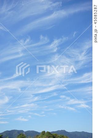 秋の雲 巻雲 筋雲 45085287