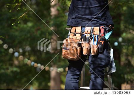 電気工事士の腰道具 45088068