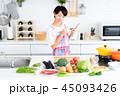 主婦 キッチン 食材の写真 45093426