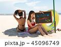 ビーチ 浜辺 ビキニの写真 45096749