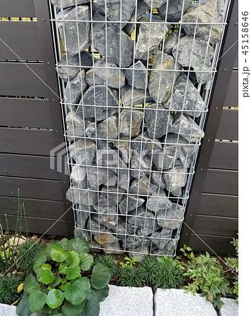 ガビオン(蛇籠)を使った小さな庭 45158646