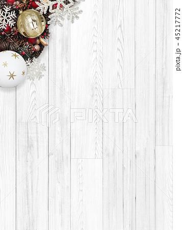 背景-白壁-クリスマス-オーナメント 45217772