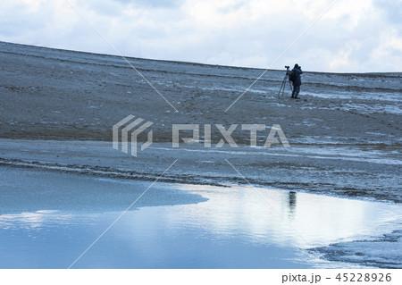 鳥取砂丘の冬 45228926