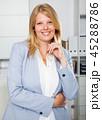 女 女の人 女性の写真 45288786