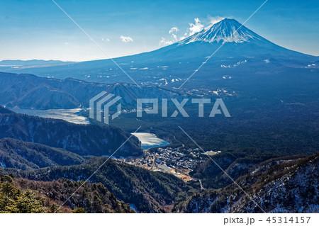 御坂山地・鍵掛峠付近から見る富士山 45314157