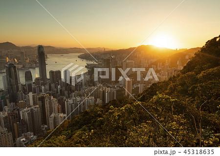 香港の絶景 ビクトリアピークの日の出 45318635