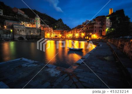 Vernazza at night 45323214