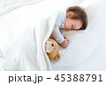幼児 ねむり 寝るの写真 45388791