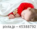 幼児 ねむり 寝るの写真 45388792