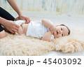 赤ちゃん 母親 ベビーの写真 45403092