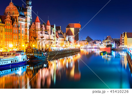 Night view of the Old Town of Gdansk, Poland 45410226