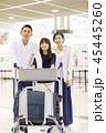 空港 旅行 笑顔の写真 45445260